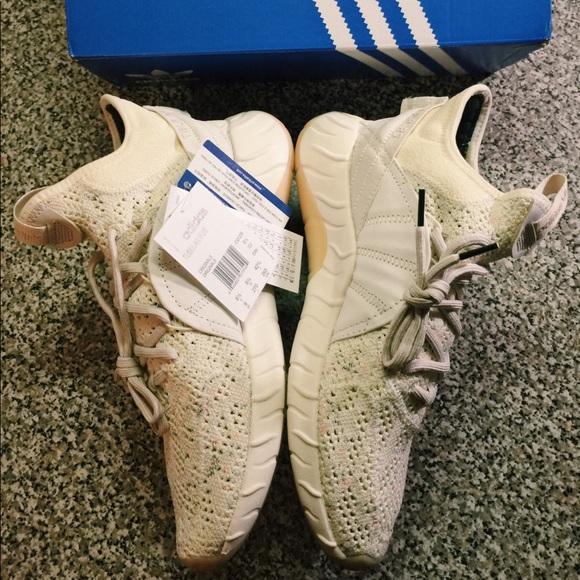 Adidas zapatos tubular beigewhite poshmark aumento